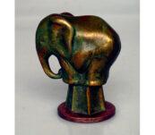 Bronzen olifantje